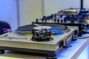Valentin Rialland: DJ professionnel