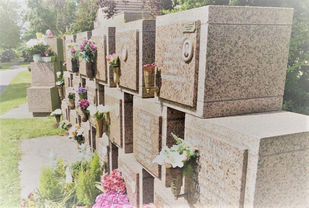 Un exemple de columbarium présenté par Yves Alphé