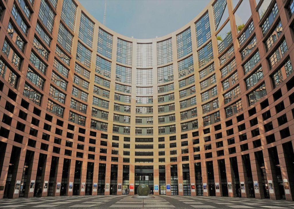 Tokia Saifi présente le Parlement européen