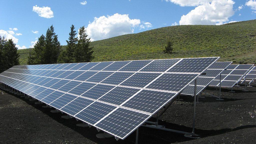 investir dans les énergies renouvelables solaires