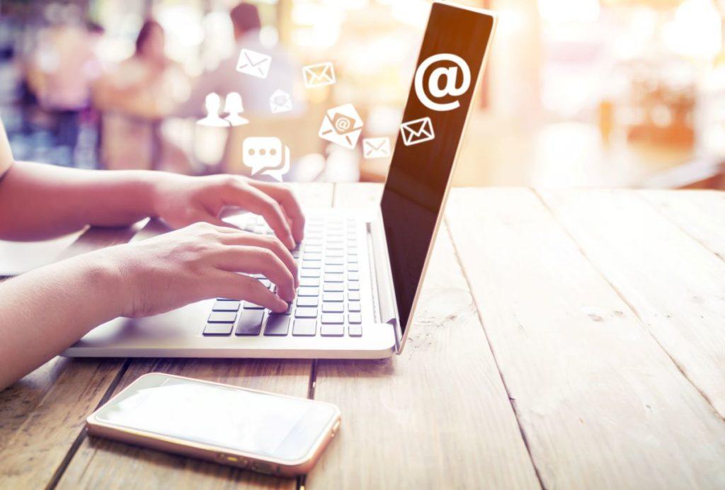 écrire email pc