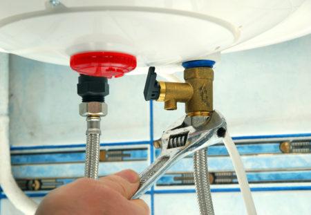 comment-reparer-une-fuite-de-chauffe-eau